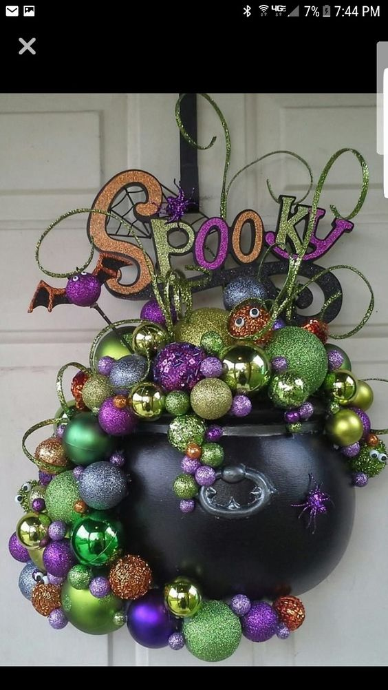 Cauldron Baubles
