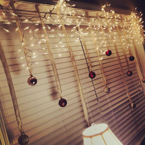 Fairy Lights & Baubles