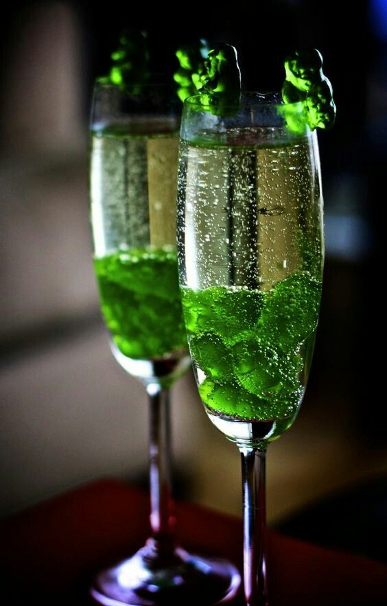 Green Bubbly Cocktails