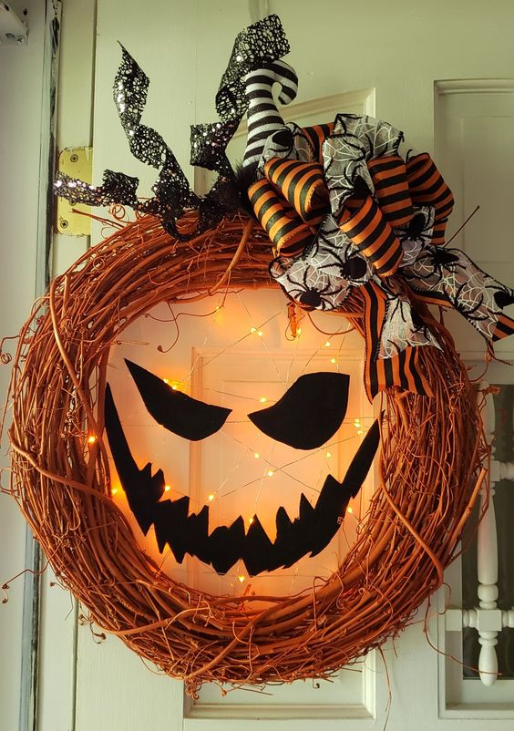 Lighted Jack-o Lantern Pumpkin Wreath