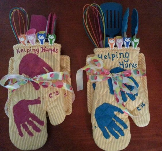 Helping Hands Oven Mitts