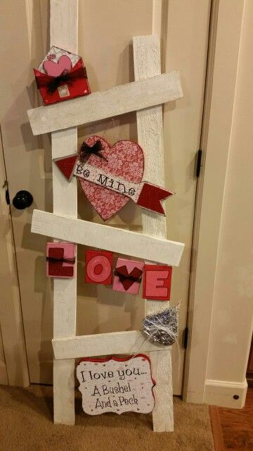 Valentines Front Porch Decor - Valentine's day ladder