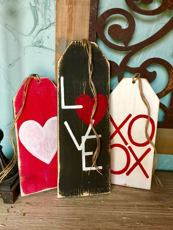 Valentines Front Porch Decor - Wooden tags